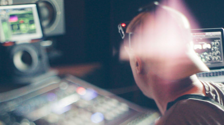 Music Producers POV - Luca Pretolesi - Image 11