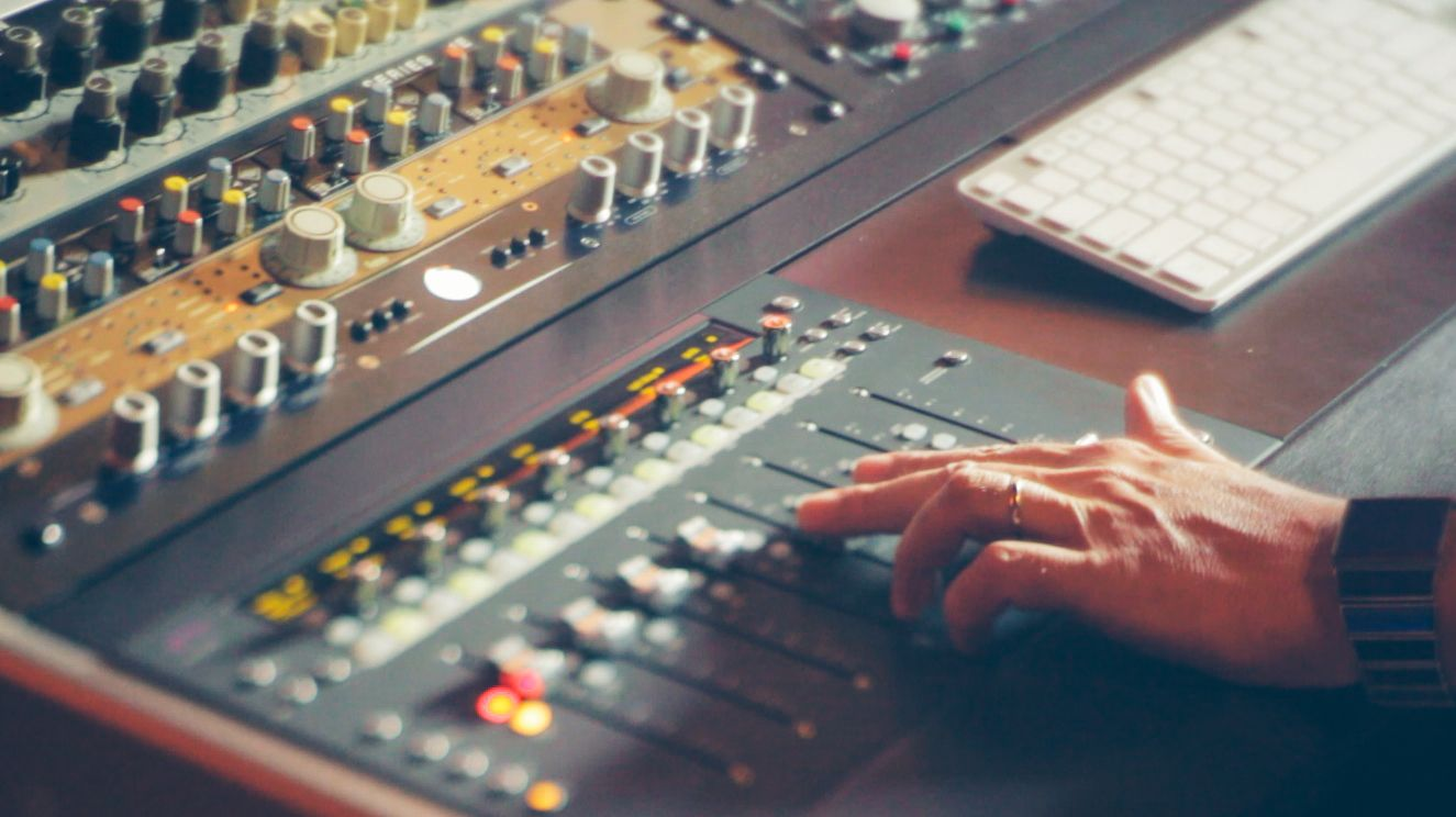 Music Producers POV - Luca Pretolesi - Image 12