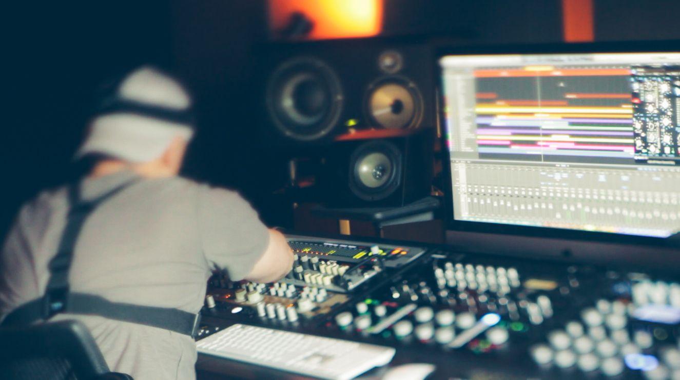 Music Producers POV - Luca Pretolesi - Image 13