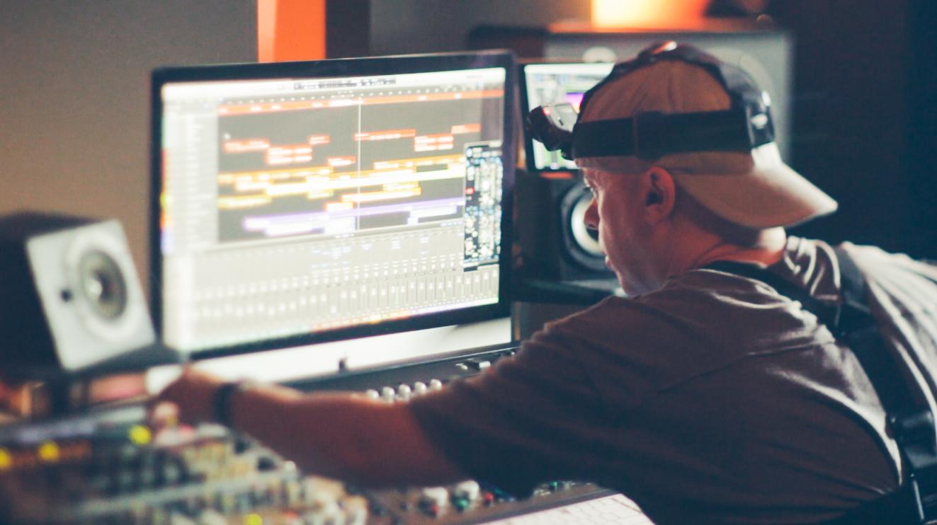 Music Producers POV - Luca Pretolesi - Image 14
