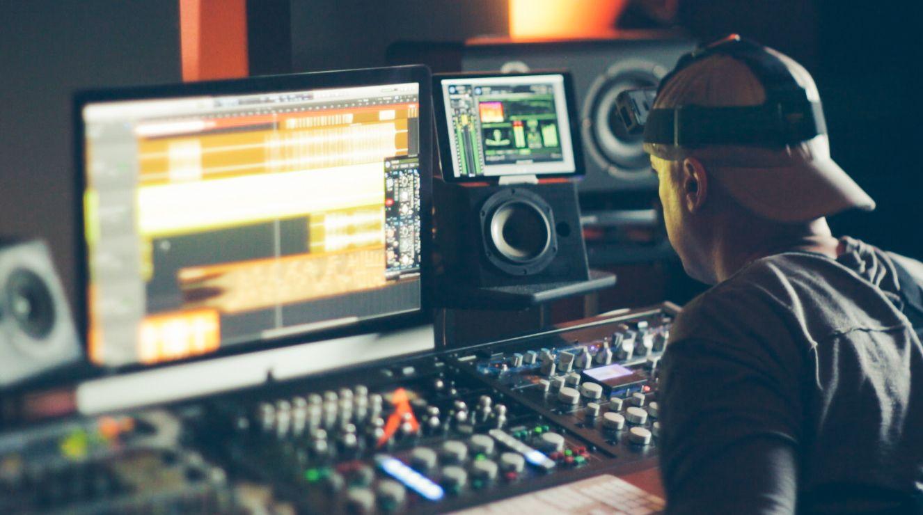 Music Producers POV - Luca Pretolesi - Image 15