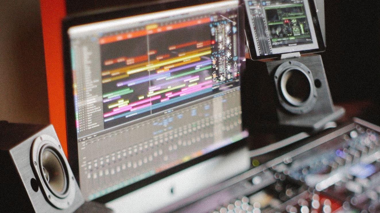 Music Producers POV - Luca Pretolesi - Image 5