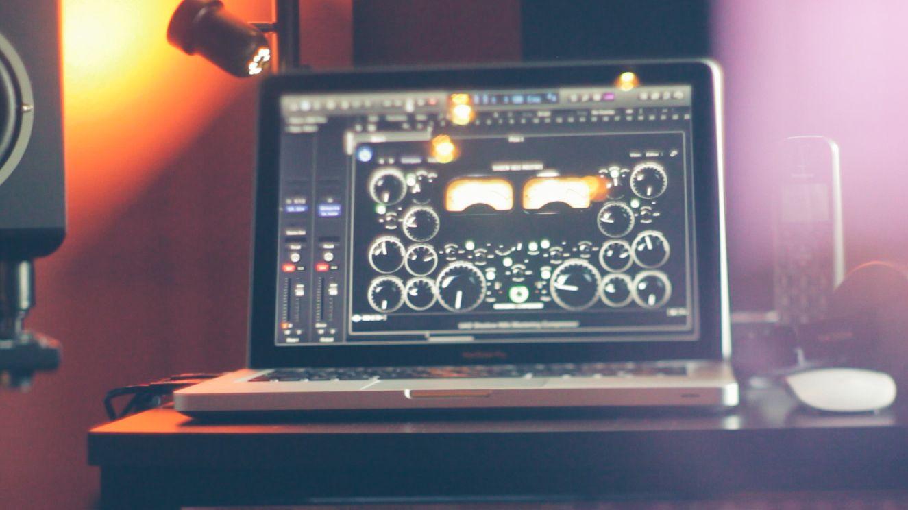 Music Producers POV - Luca Pretolesi - Image 7