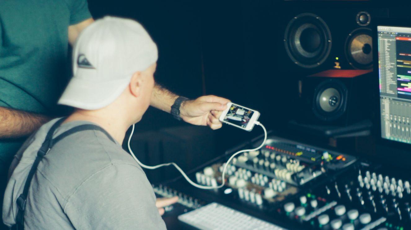 Music Producers POV - Luca Pretolesi - Image 8