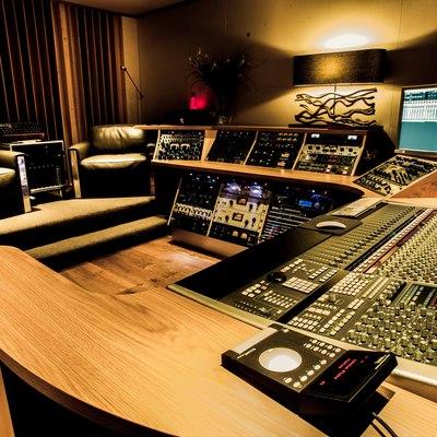 A Sharp Recording Studio on SoundBetter