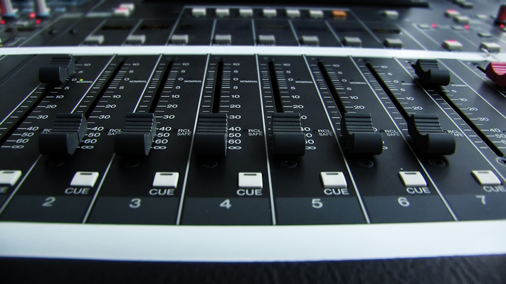Listing_background_mixer