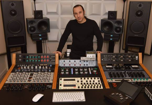 Listing_background_maor_appelbaum_mastering_2015