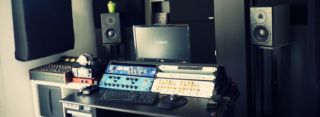 Listing_background_mastering_room_02