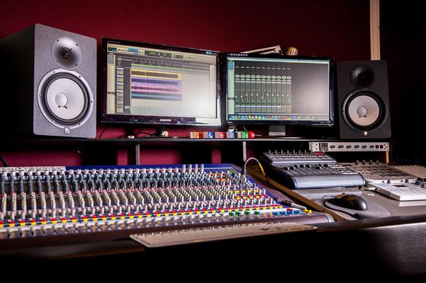 V&U - Mixing & Mastering on SoundBetter