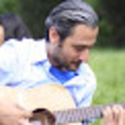 Carlos Guardia on SoundBetter