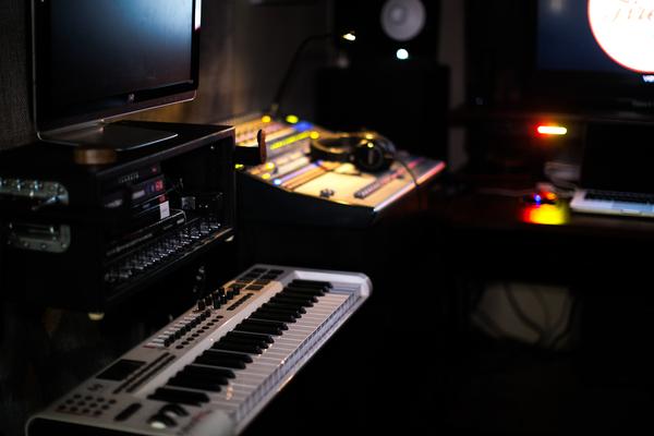 Fireside Recording on SoundBetter