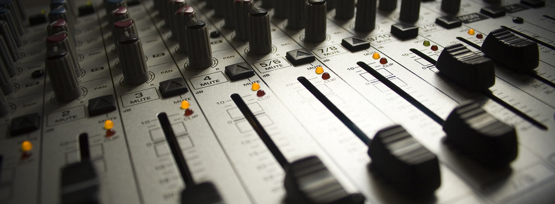 Listing_background_mixing_board