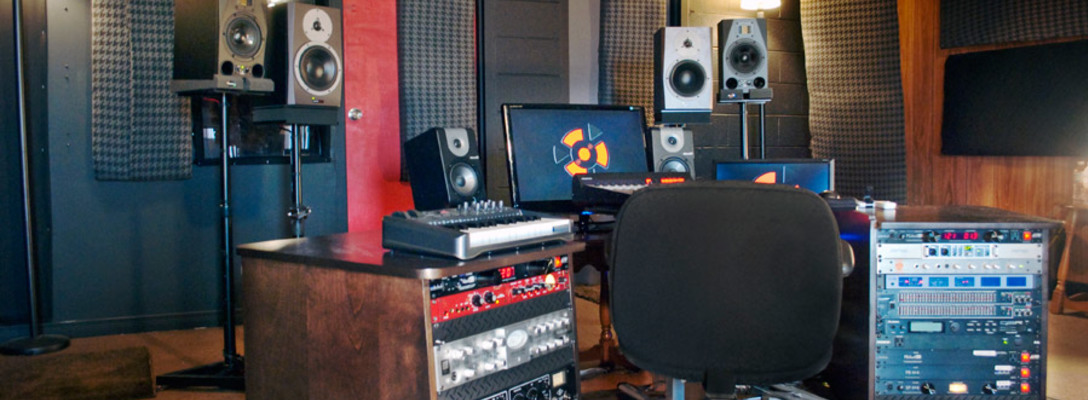 Listing_background_toronto_recording_studio_1