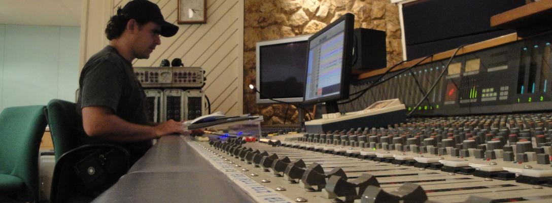 Renato Borba on SoundBetter