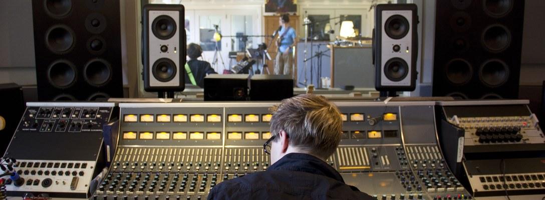 Chris Leon on SoundBetter