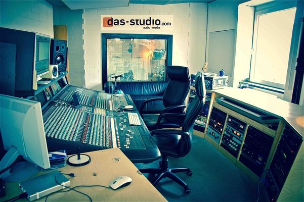 DAS Studio on SoundBetter
