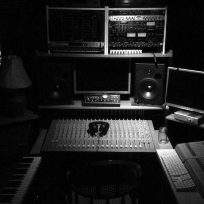 The COALROOM on SoundBetter
