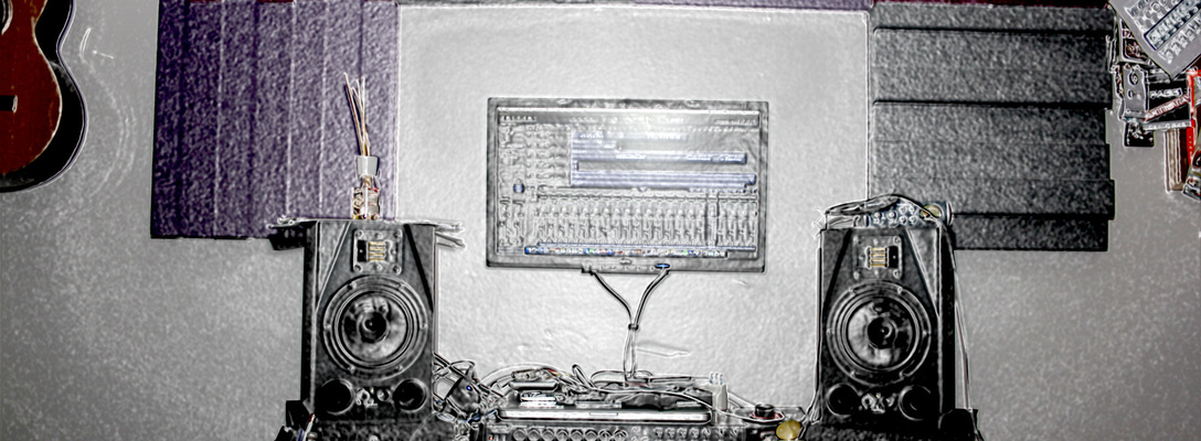 Emanuel's studio(lo) on SoundBetter