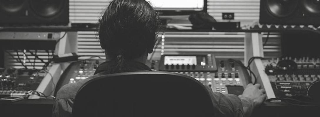 Listing_background_studio_1