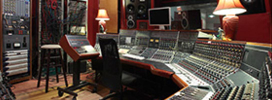 The Magic Shop on SoundBetter
