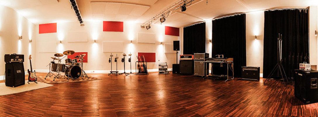 Elevate Studios on SoundBetter