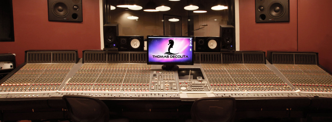 Listing_background_studio-touscene