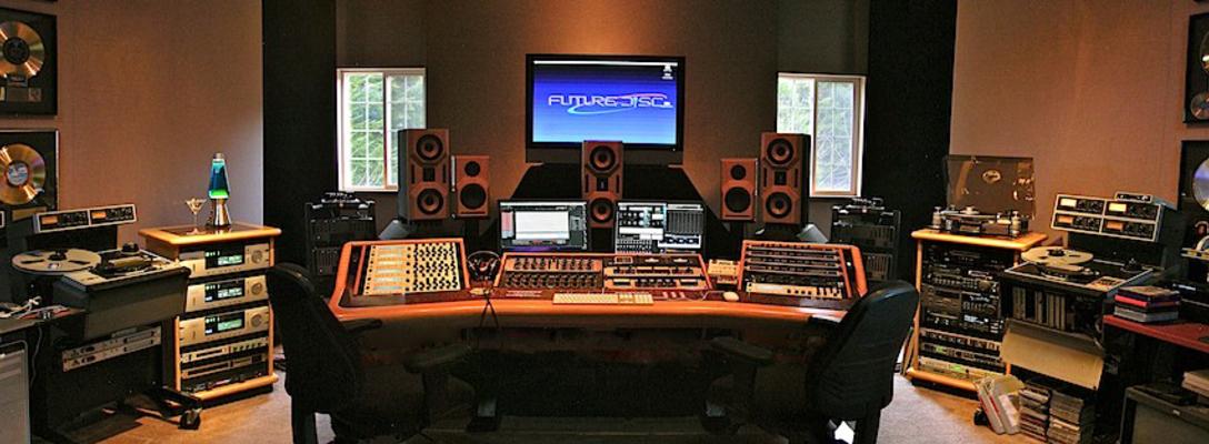 Listing_background_studio_panorama13fb