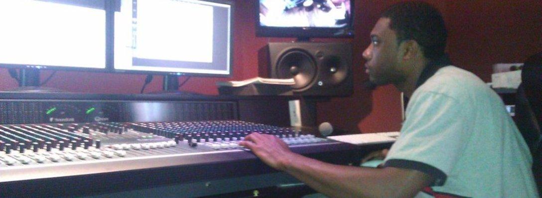 Listing_background_slick_at_castle_studio