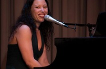 Photo of Lindy LaFontaine Voice & Music