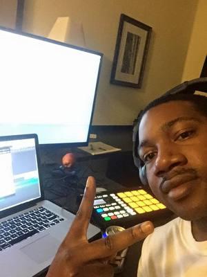 "Rashad ""DJ-Beui"" Vereen on SoundBetter"