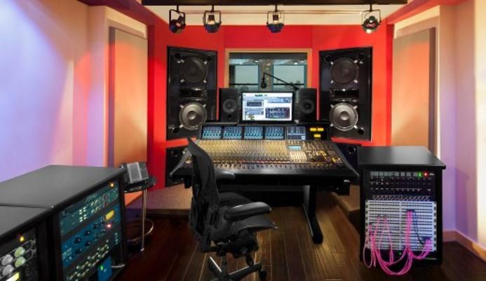 Oz Studios on SoundBetter