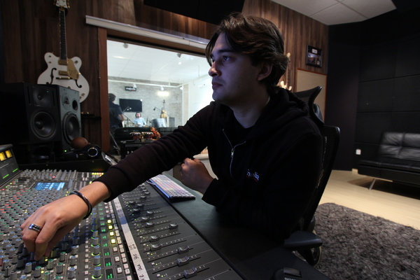 Lucas Guterres on SoundBetter