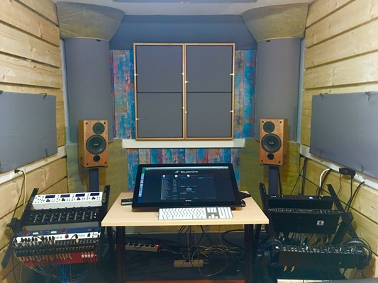 Listing_background_mixroom