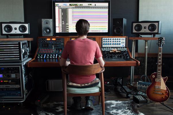Evan Bradford // Mixtown USA on SoundBetter