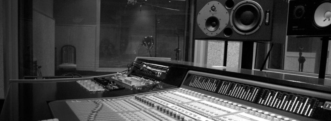 Listing_background_casafont-studio-c24-3