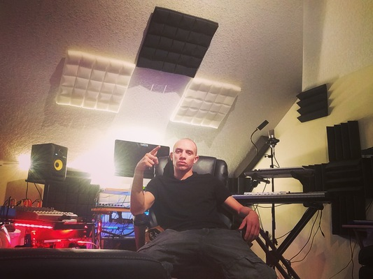 Deleveled Records on SoundBetter