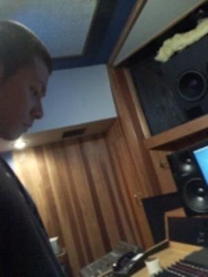 Aki Miu on SoundBetter