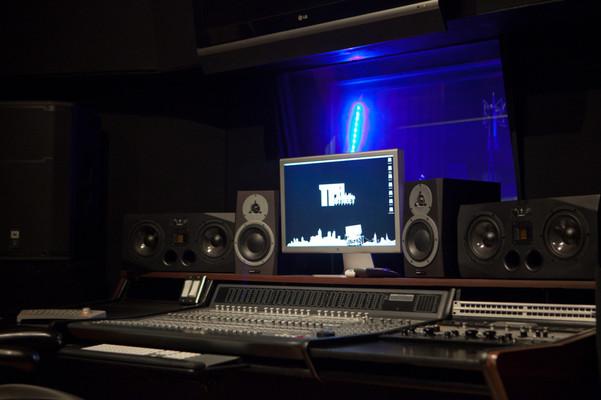 Skyline Recordings on SoundBetter