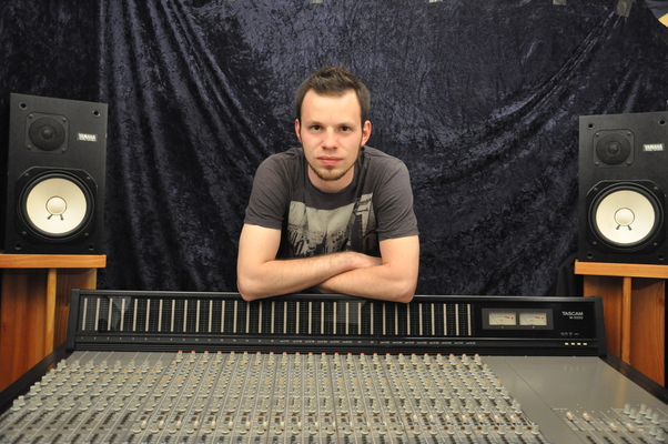 Analog Mixing on SoundBetter