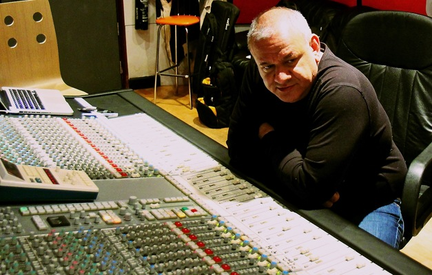 Chris Mars on SoundBetter