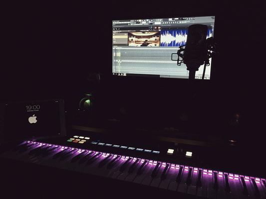 Hesinsky on SoundBetter
