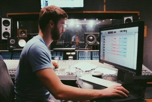 Bas Janssen on SoundBetter