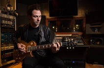 Photo of Erik Himel Session Guitarist