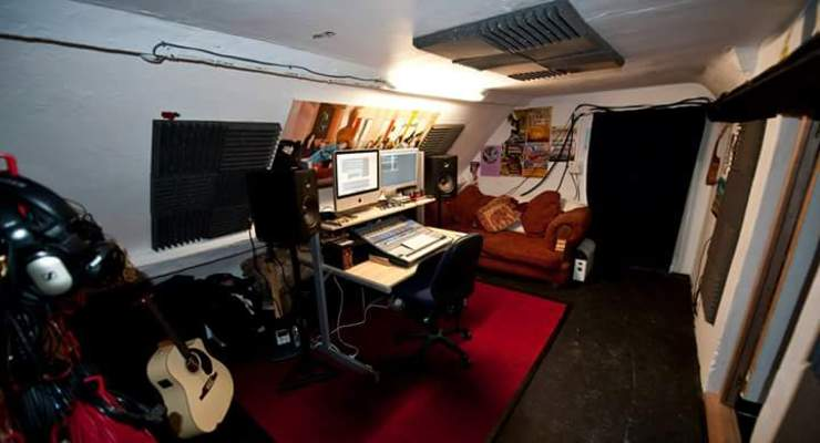 The Lofthouse RecordingStudio on SoundBetter