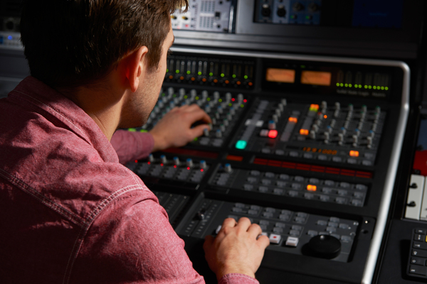 Listing_background_recording-studio-xxl