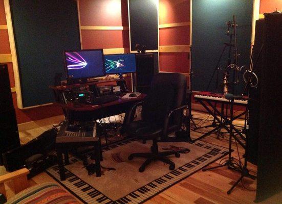 Face The Music Recording Studio on SoundBetter