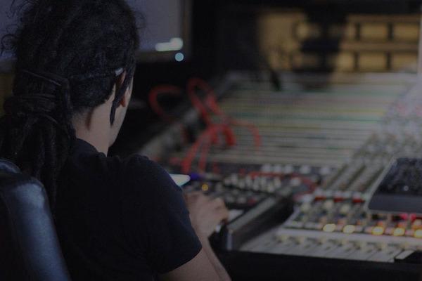 loolRecords on SoundBetter