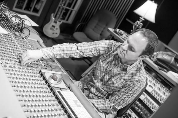Ryan Burton on SoundBetter