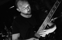 Photo of Tom Wills - Session Guitarist