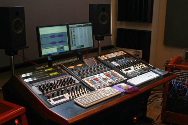 A. Saifi on SoundBetter